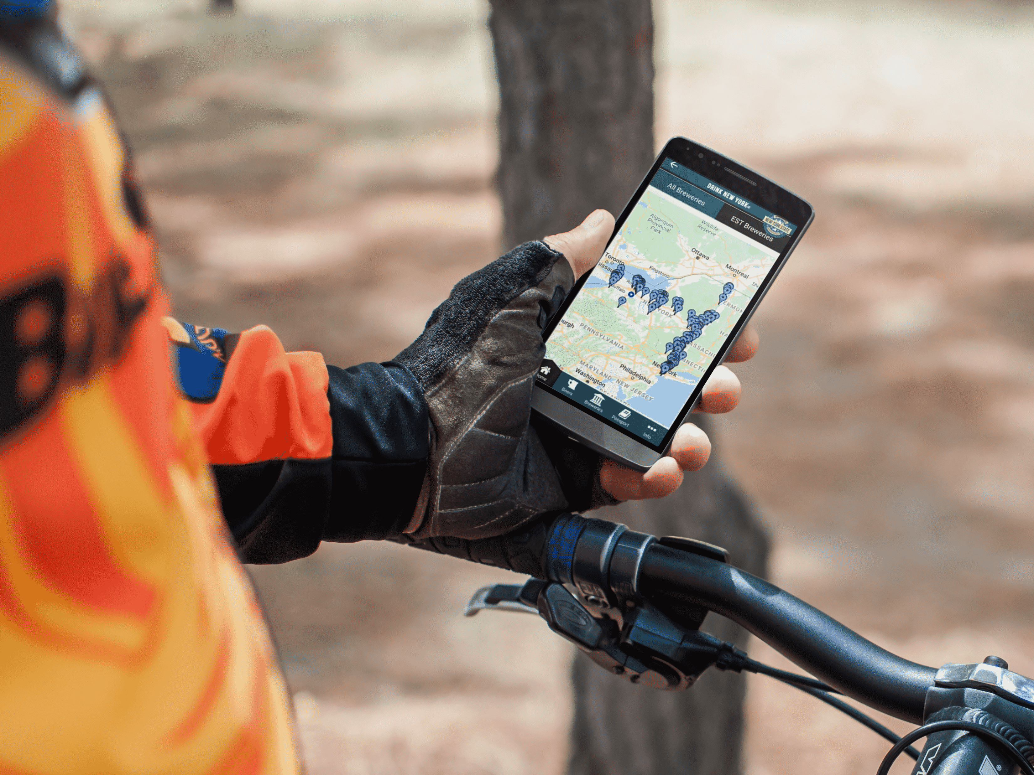 android-mockup-template-of-cyclist-outdoors (2)